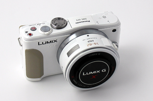 Hybride Panasonic GF6 blanc