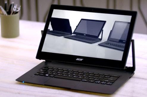 PC hybride Acer Aspire R13 sur un bureau