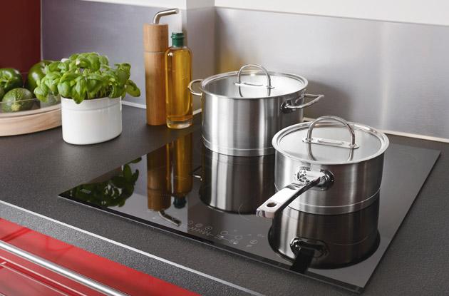 Induction : une table de cuisson sécurisée