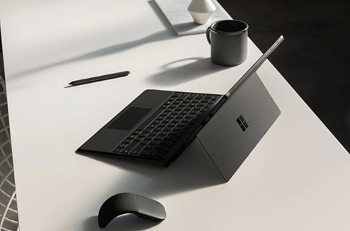 La Surface version noire