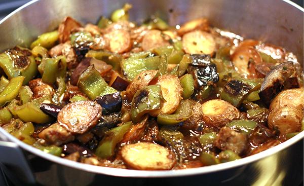 L 39 aubergine savoureuse et pas grasse darty vous - Cuisiner aubergine a la poele ...