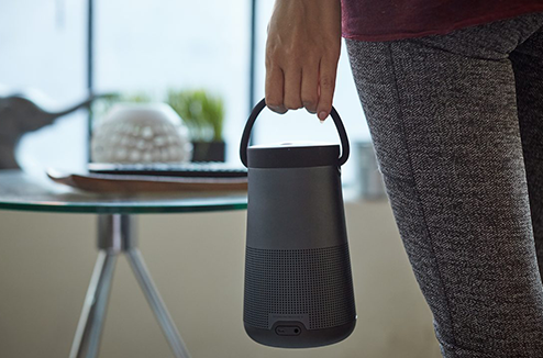 Bose SoundLink Revolve + avec sa poignée