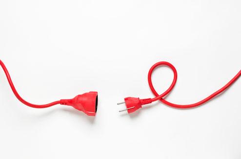 câbles électriques, cordons d'alimentation : comment en finir avec ... - Cable Electrique Alimentation Maison