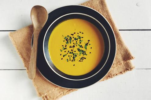 soupe froide de carottes crues au cumin et au lait de coco darty vous. Black Bedroom Furniture Sets. Home Design Ideas