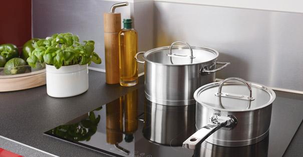 casserole po le sauteuse cocotte conseils pour faire le bon choix darty vous. Black Bedroom Furniture Sets. Home Design Ideas