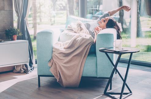une d co cosy et chaleureuse pour cocooner la maison en hiver tendance hygge darty vous. Black Bedroom Furniture Sets. Home Design Ideas