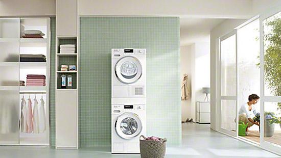 5 astuces pour faire s cher son linge quand on n 39 a pas de place darty vous. Black Bedroom Furniture Sets. Home Design Ideas