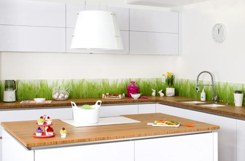 des id es pour donner du style une cuisine blanche. Black Bedroom Furniture Sets. Home Design Ideas