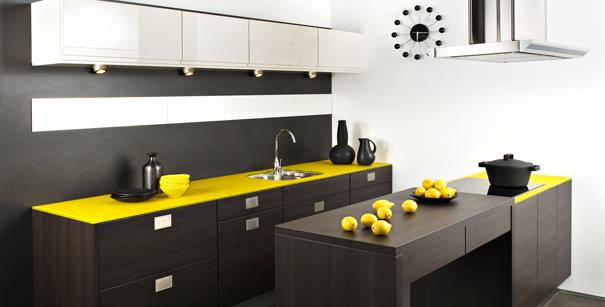 cuisine quelle couleur associer avec le bois darty vous. Black Bedroom Furniture Sets. Home Design Ideas