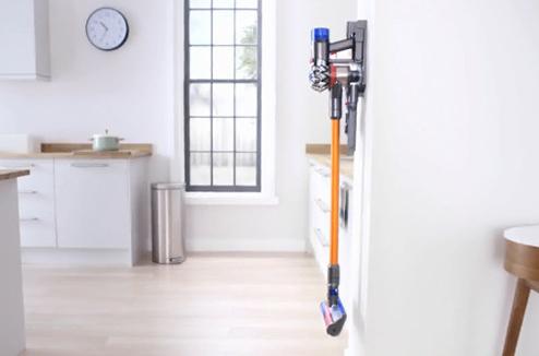 test aspirateur dyson v8 darty vous. Black Bedroom Furniture Sets. Home Design Ideas