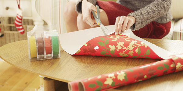 10 astuces pour cacher ses cadeaux de no l darty vous. Black Bedroom Furniture Sets. Home Design Ideas