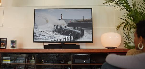3 solutions pour booster le son de sa tv darty vous. Black Bedroom Furniture Sets. Home Design Ideas