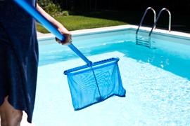 Bien entretenir sa piscine avec Hellocasa