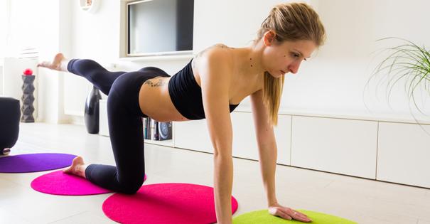 5 exercices de sport faire chez soi darty vous. Black Bedroom Furniture Sets. Home Design Ideas