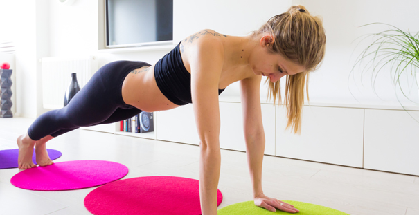 5 exercices de sport à faire chez soi - Darty & Vous