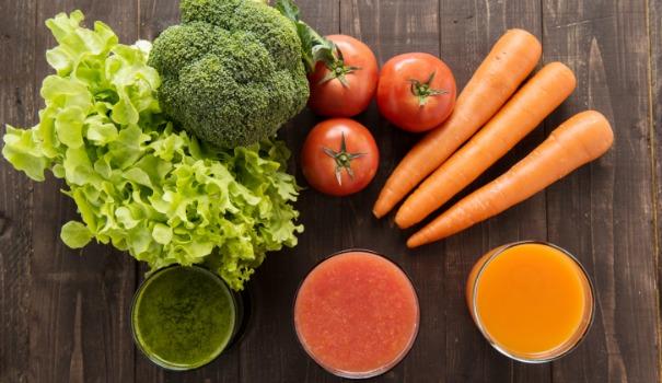 Les bienfaits des jus de l gumes darty vous - Faire des jus de legumes ...