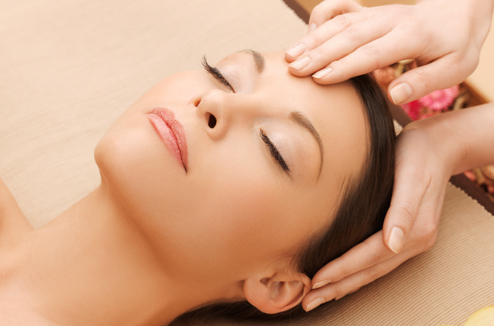 Massage facial japonais