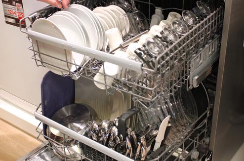 Test Lave Vaisselle Xxl Real Life Aeg Et Electrolux Darty Vous