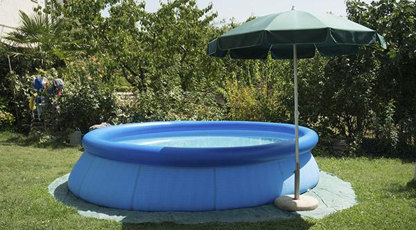 Bien choisir sa piscine de jardin hors sol darty vous for Piscine hors sol facile a monter