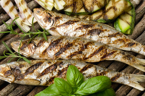Comment cuire son poisson au barbecue darty vous - Sardines au four sans odeur ...