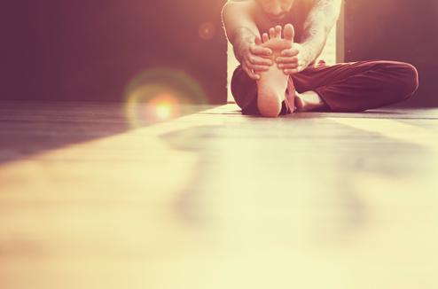 4 positions de yoga à faire le matin pour bien démarrer la journée