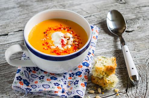 Soupe de potiron et écume de fruits de mer