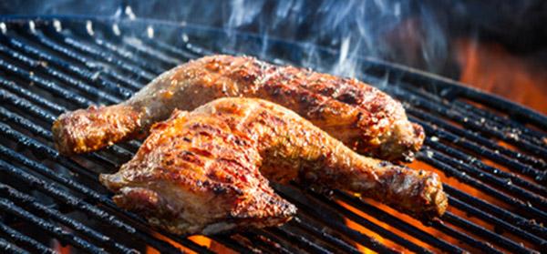 Merguez Brochettes Steaks Les Cuire Au Barbecue Darty Vous