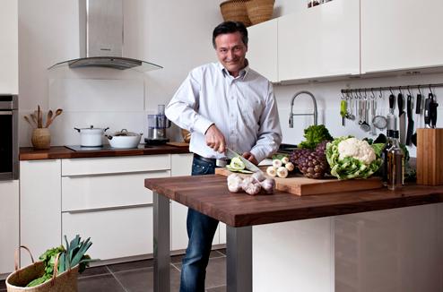 Christophe concepteur de cuisine chez darty darty vous - Espace cuisine darty ...