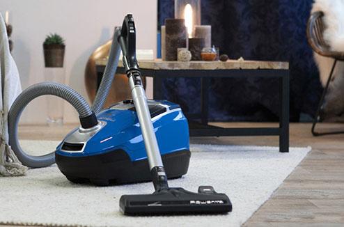 bien choisir votre aspirateur tra neau darty vous. Black Bedroom Furniture Sets. Home Design Ideas