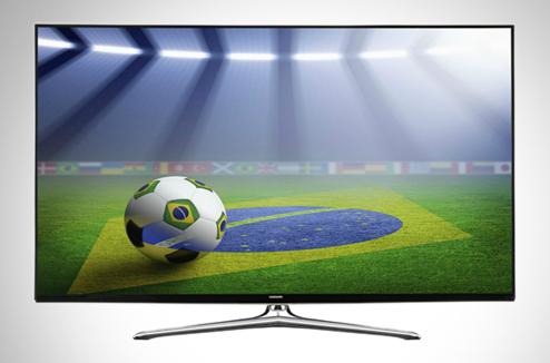 une tv pour le foot une grande tv connect e samsung darty vous. Black Bedroom Furniture Sets. Home Design Ideas