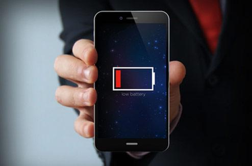 Illustration : panne de batterie sur un smartphone