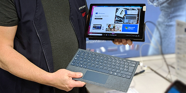 Tablette Microsoft Surface avec clavier en option