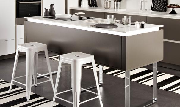 chaise pour ilot de cuisine accueil chaise hauteur 45cm. Black Bedroom Furniture Sets. Home Design Ideas