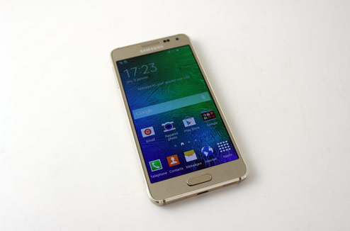 Test smartphone samsung galaxy alpha darty vous - Darty telephone portable samsung ...