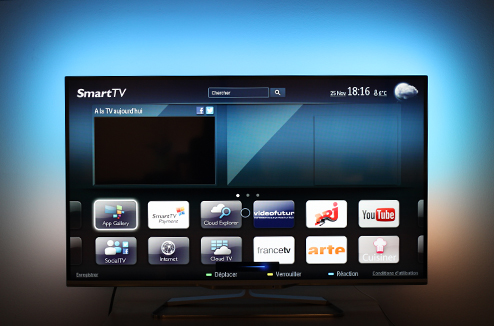 Tv philips on a test l 39 ambilight darty vous for Alarme maison freebox