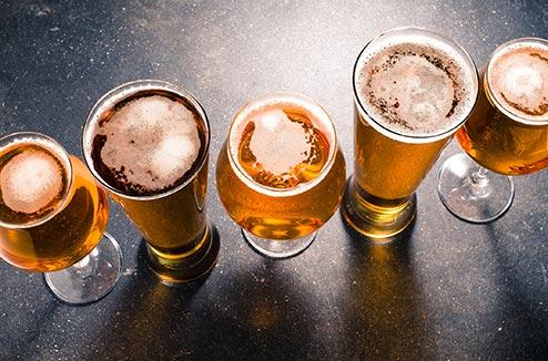 Différents types de verres à bière
