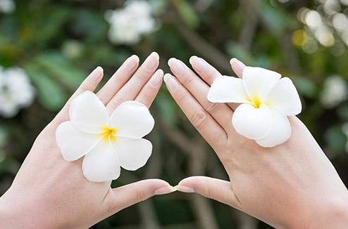 Comment avoir de beaux ongles au naturel ?